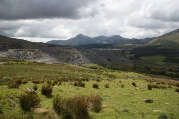 Clogwyn y Gwin Path and Maesgwm (102 of 135)