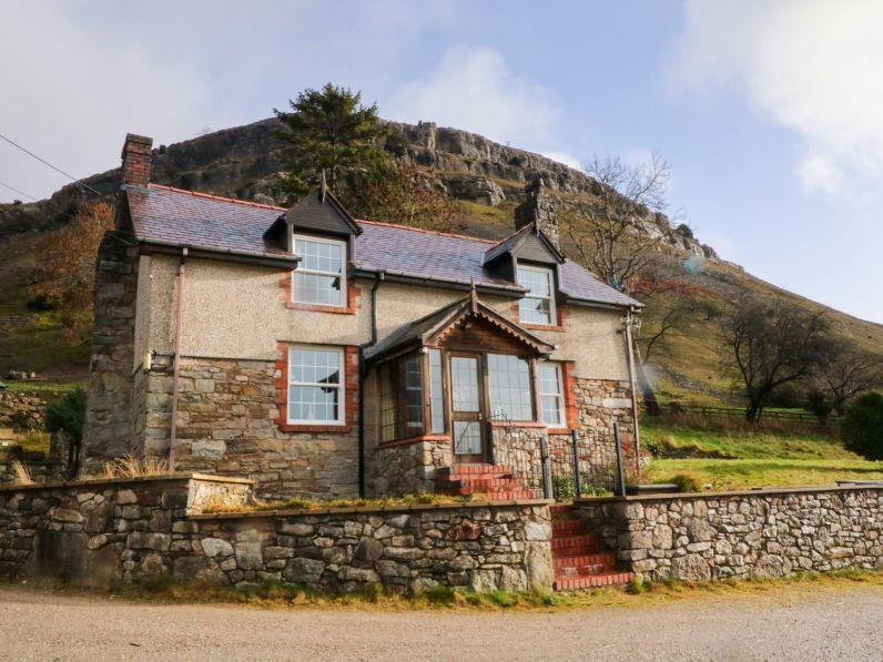 Walking up Snowdonia website