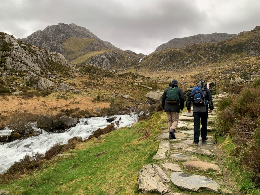 Easy start to Cwm Idwal