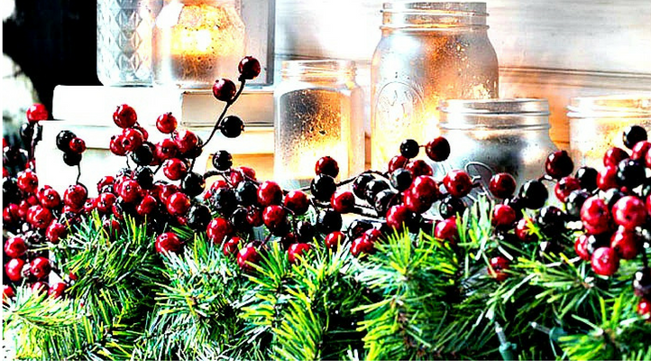 Awesome Holiday Decorating ideas, picture of pretty holiday display