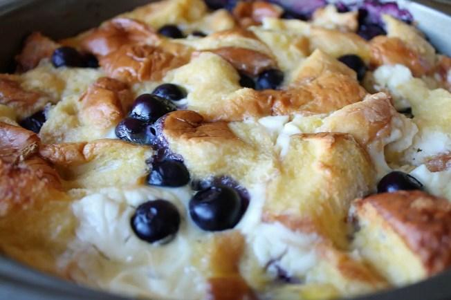 Blueberry Hawaiian Sweet Bread Toast 4--012713