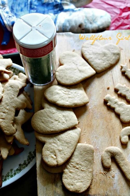 No-Molasses Gingerbread Cutout Cookies 14--122413