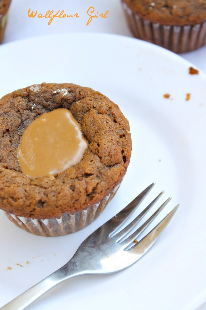 Gingerbread Biscoff Coffee Cupcakes Design 16--041714