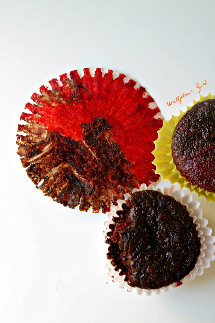 Two-Toned Red Velvet Chocolate Cupcakes with Cream Cheese Frosting 11--051614