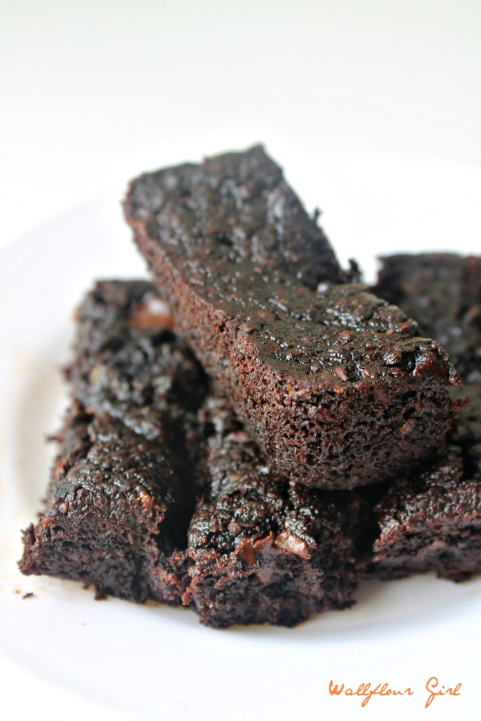 Healthy Sticky Fudgy Brownies 14--080214 (GF, Dairy-Free)