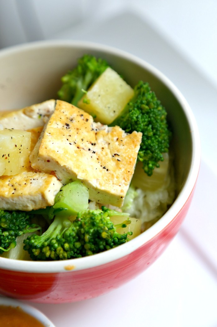 Tofu Pineapple Veggie Rice Bowl 10--020116
