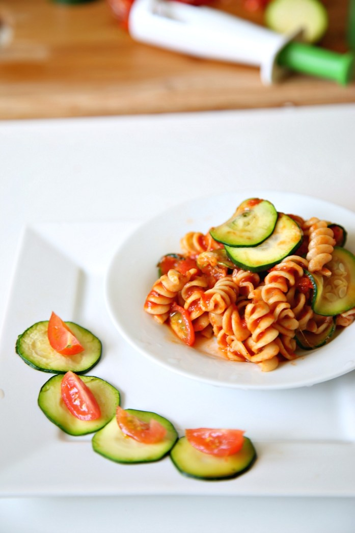Zucchini Tomato Pasta Marinara OXO 6--022816
