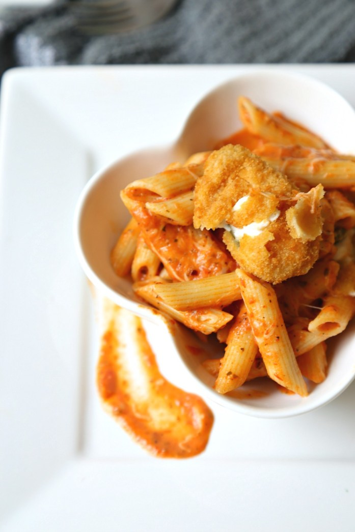 Creamy Tomato Penne Pasta with Jalapeno Poppers 4--103016