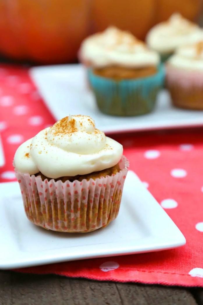 Pumpkin-Cupcakes-1-122717