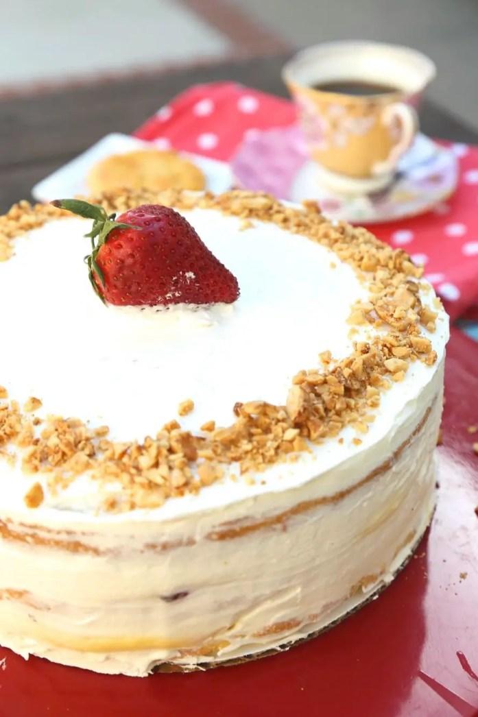 Custard-Filled_Victoria_Sponge_Cake_042218_3