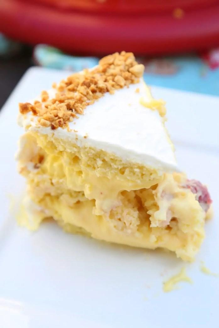 Custard-Filled_Victoria_Sponge_Cake_042218_7
