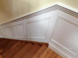 stairway-wainscoting