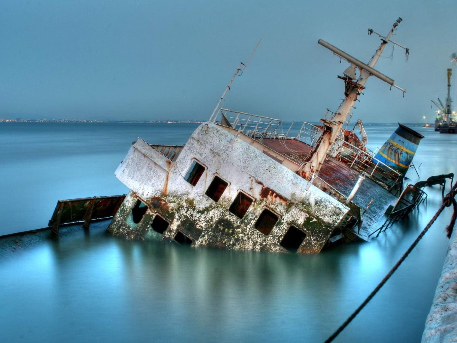 Brown Ship Ice Ship Sinking Ships Wreck Hd Wallpaper