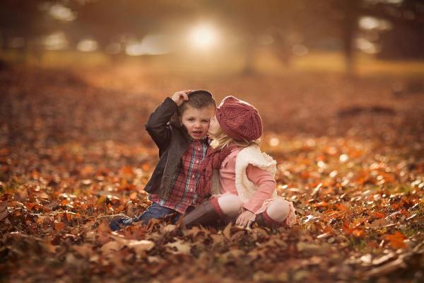 Download Cute boy and girl in love hd wallpaper Kiss day