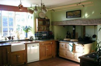 Country Kitchen Decorating Idea