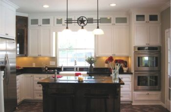Glass Upper Kitchen Cabinets