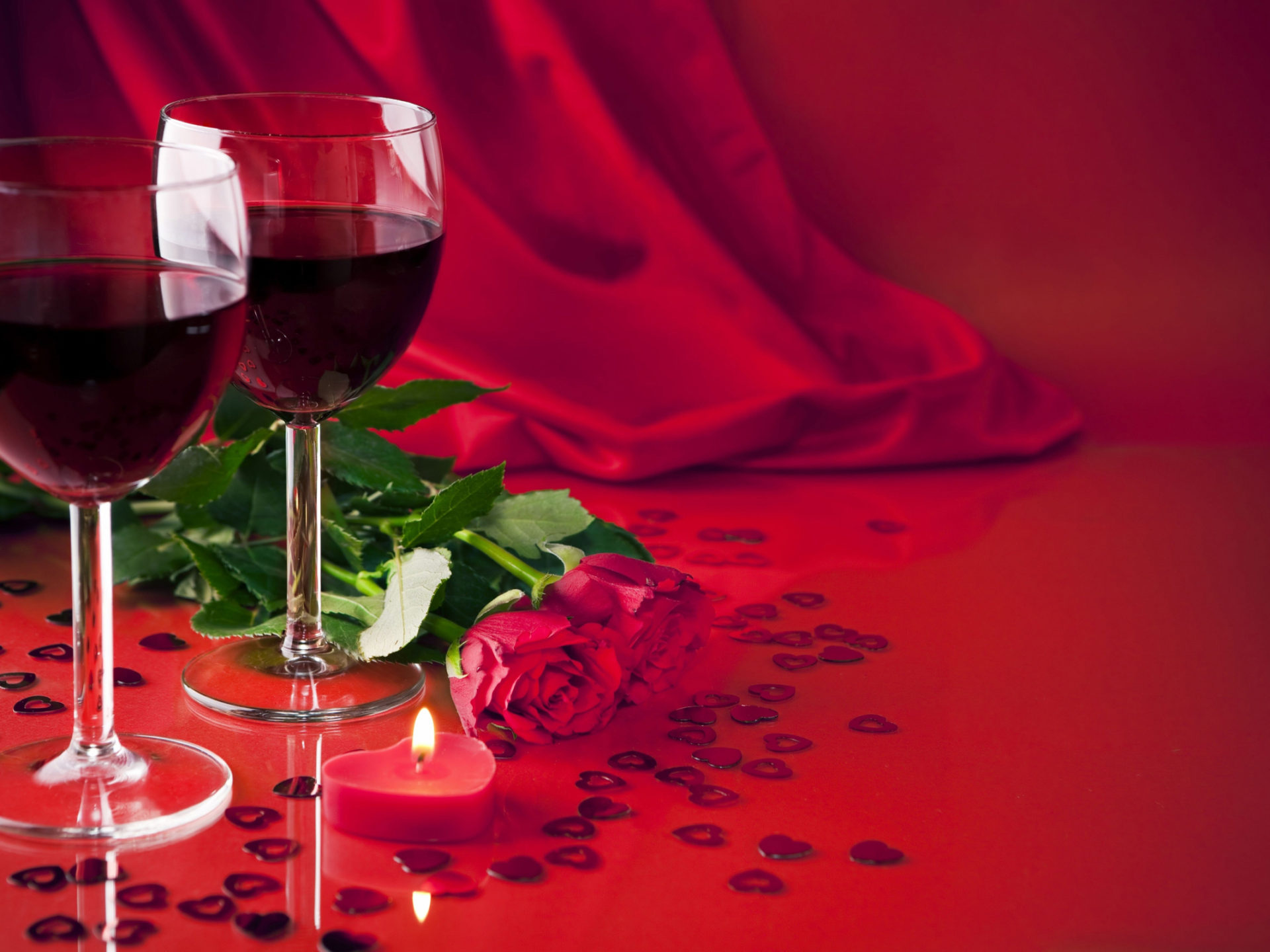 Glasses Of Wine Red Roses Light Candle 001