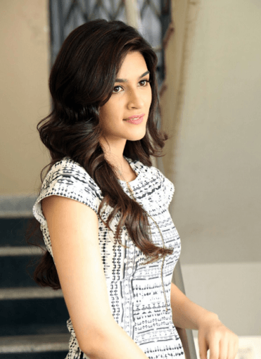 Download Kriti Sanon Full HD Wallpaper Gallery