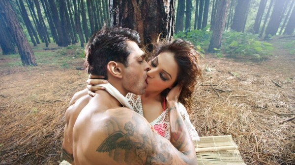 Download Love Kiss HD Wallpapers Free Download Gallery