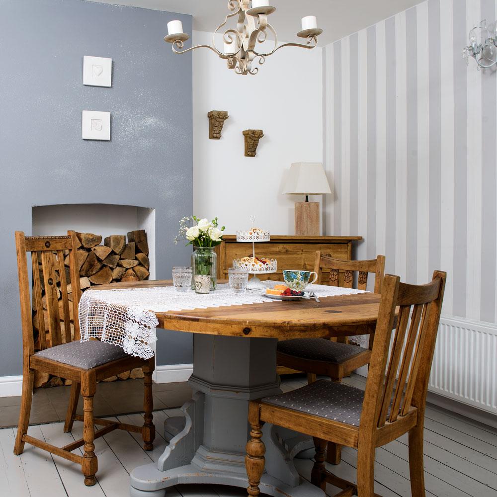 Dining Room Wallpaper Ideas Striped Wallpaper In Dining Room 1000x1000 Download Hd Wallpaper Wallpapertip