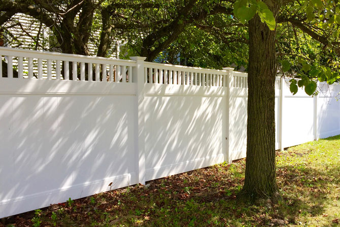 7 Steps to Maintaining A Vinyl Fence – Maintenance – Fence FAQ