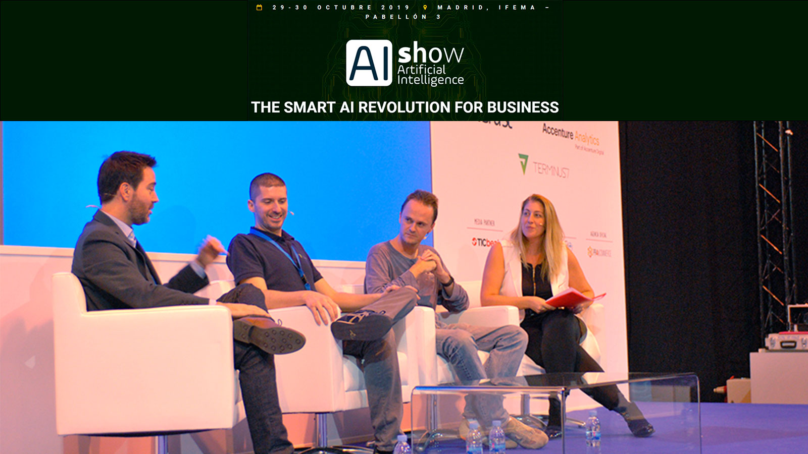 Presentation about Artificial Intelligence in the event AIshow