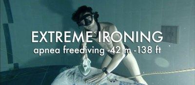 EXTREME IRONING apnea freediving -42 m -138 ft