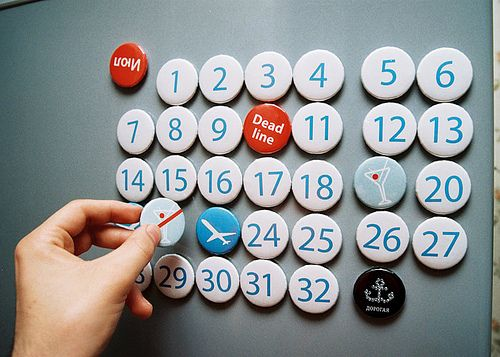 creative calendar design refrigerator magnets image 1