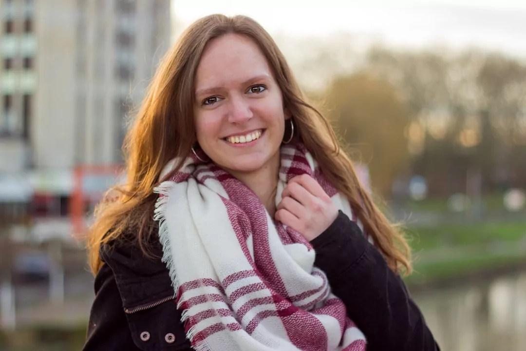 Portrait Annika Brücke Licht