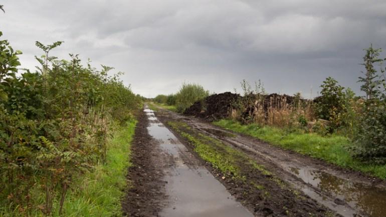 Modderig pad begin route