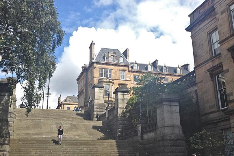 steps up to Park