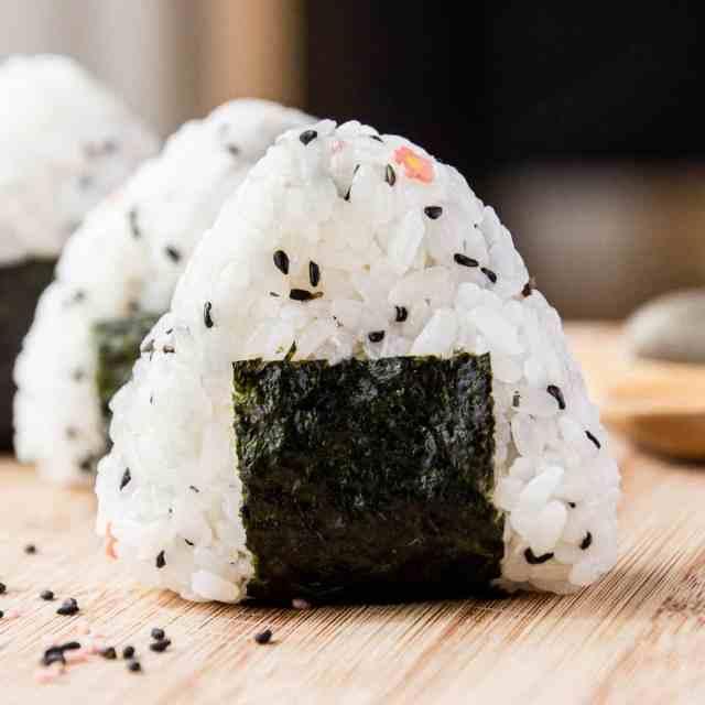 Easy Onigiri – Japanese Rice Balls  Wandercooks
