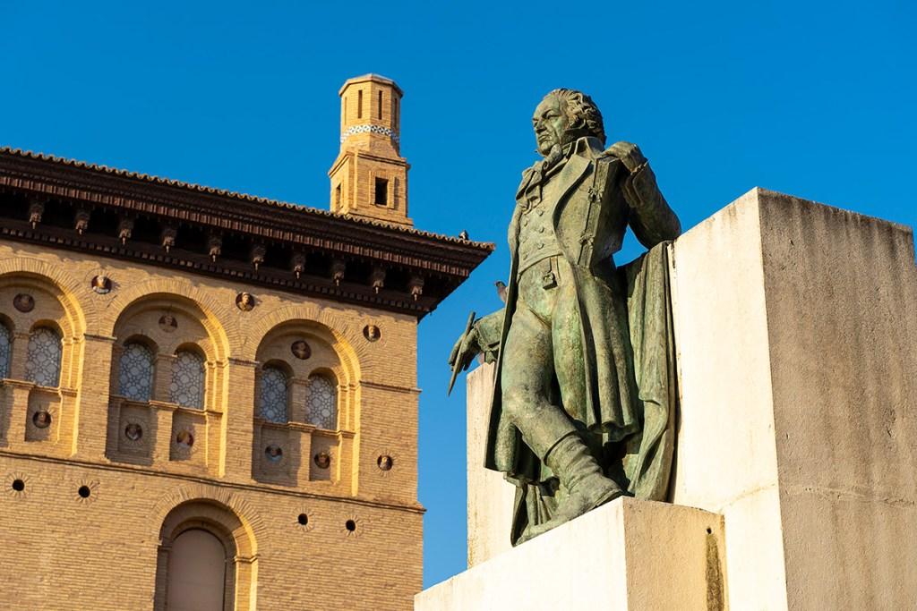 Monumento a Goya en Zaragoza
