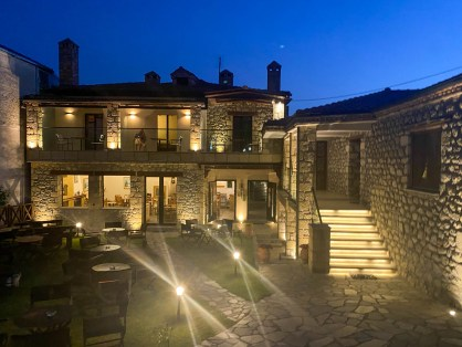 Hotel near Meteora Monasteries
