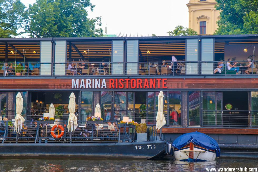 boat tour Prague