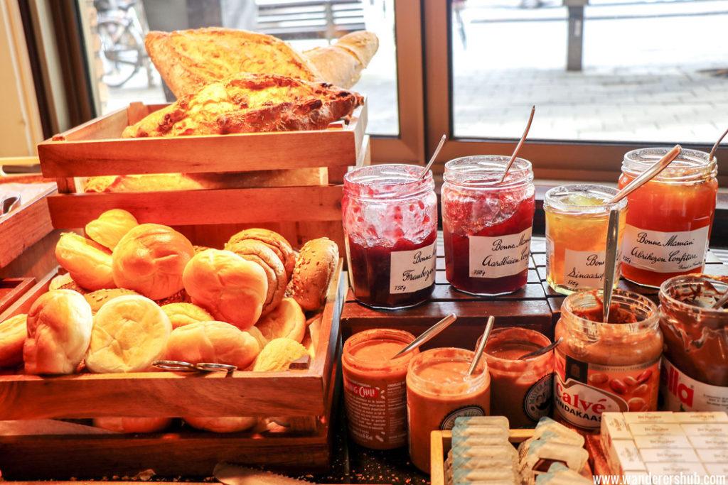 Breakfast spread Marriott Amsterdam