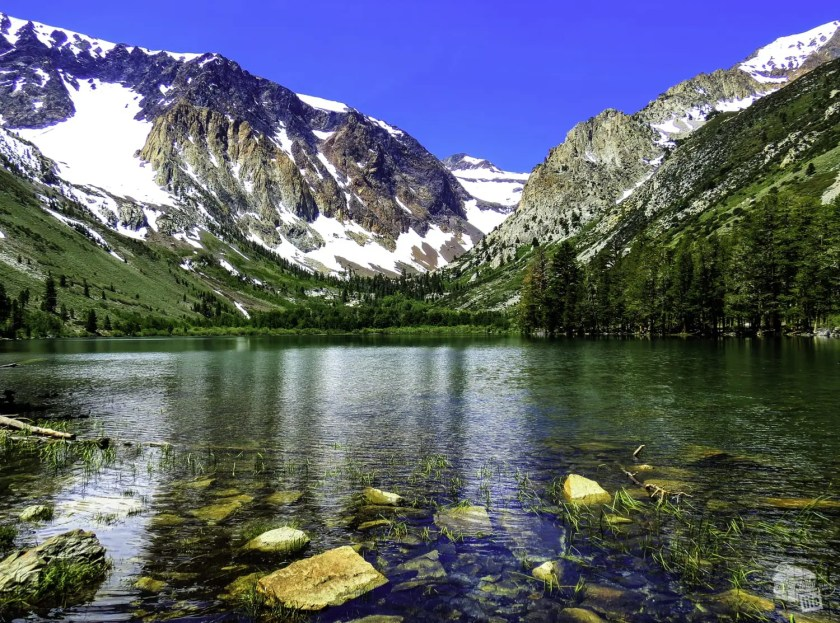 Parker Lake is one of many great hikes in the Mono Lake area.