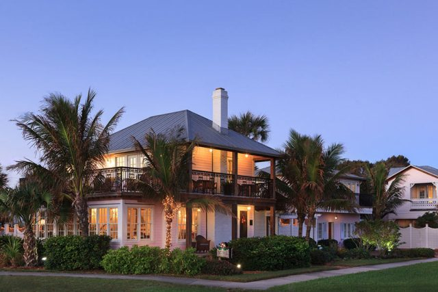 most romantic resorts in Florida