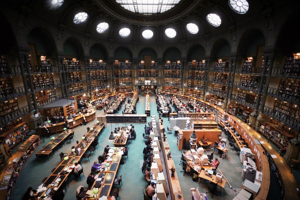 France,_Paris,_Bibliothèque_nationale_de_France,_site_Richelieu,_salle_ovale
