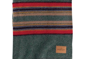 pendleton-twin-travel-blanket-with-carrier-green-heather-camp