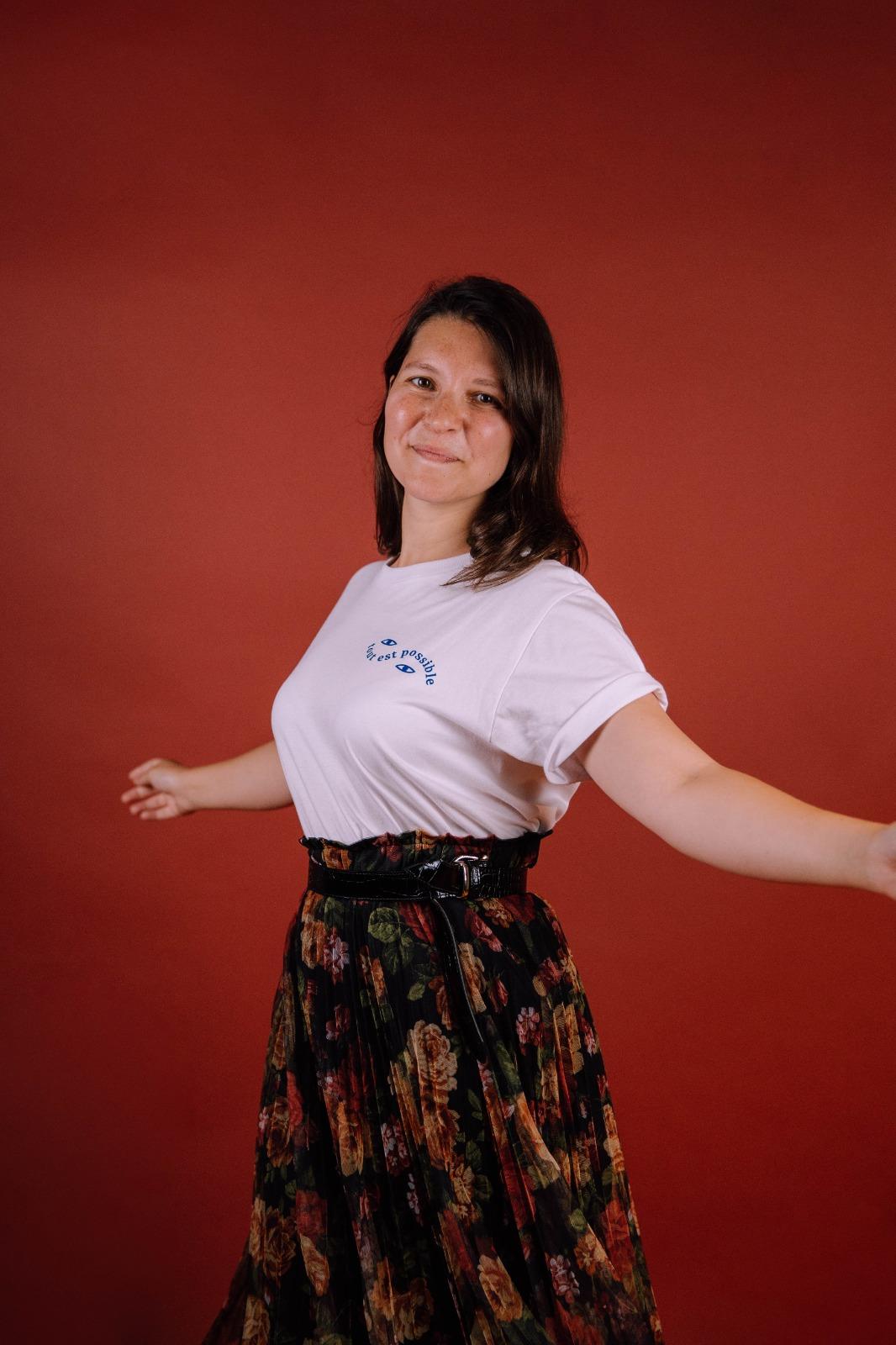 tee-shirt-wanderhumanity-tout-est-possible-ecusson-femme2