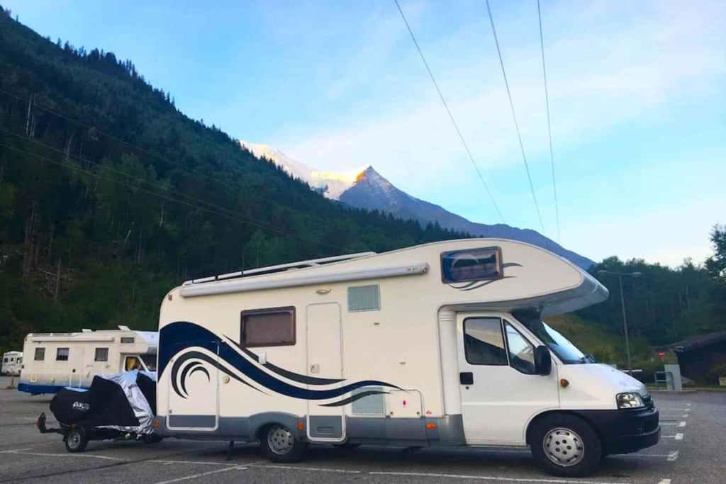 Panoramic Mont Blanc Cable Car - Visit the Mont Blanc Cable Car . and ride to the top of Mont Blanc - Aiguille du Midi Cable Car ride Chamonix French Alps #montblanc #cablecar #chamonix #alps #france #aiguilledumidi #panoramic #wanderingbird