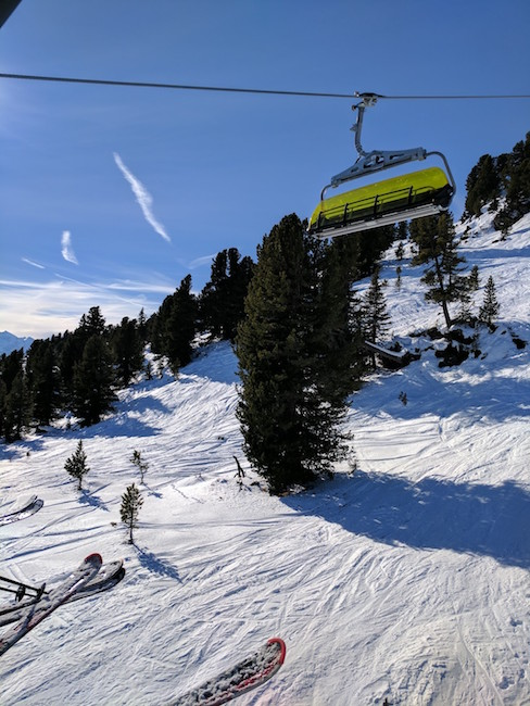 Day Trip from Munich to ski or snowboard in the Alps Hochzillertal