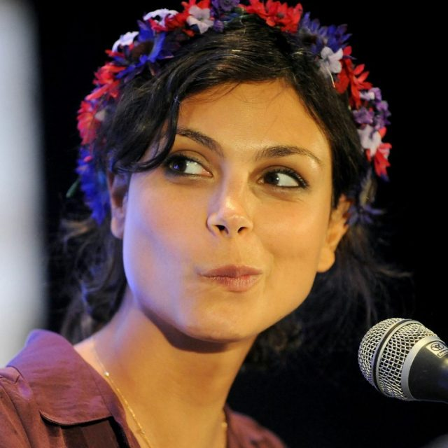 "Morena Baccarin, who starred in ""Homeland"", ""V"", ""Firefly"", ""Deadpool"", etc."