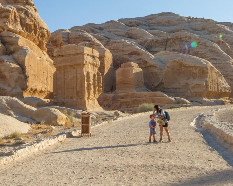 Petra - Gateway to the siq