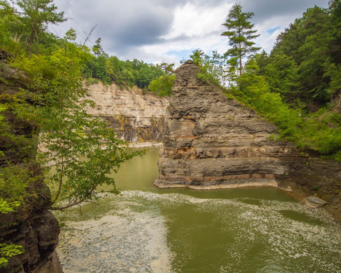 A rock peak in Letchwroth River in Letchworth State Park in New York State