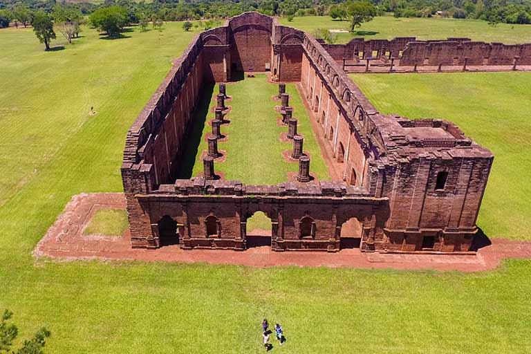 tfamily ravel in Paraguay ruins