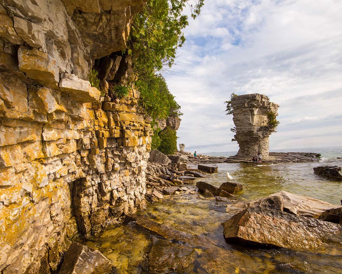 Flowerpot Island near Bruce Peninsula National-Park