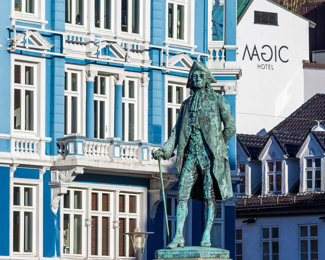 Statue on Bergen Waterfront