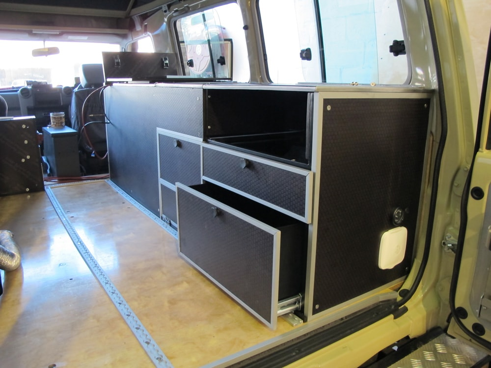 R&D Offroad installs custom drawer system in Land Cruiser 78 Troopy